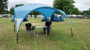 Royal Outdoor 3.5m x 3.5m Event Shelter (Inc: All 4 Side Walls)